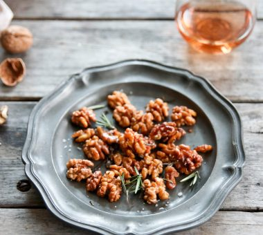 Nuts for Life - Walnuts with rosemary and sea salt